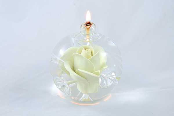 Öllampe mit creme Rose