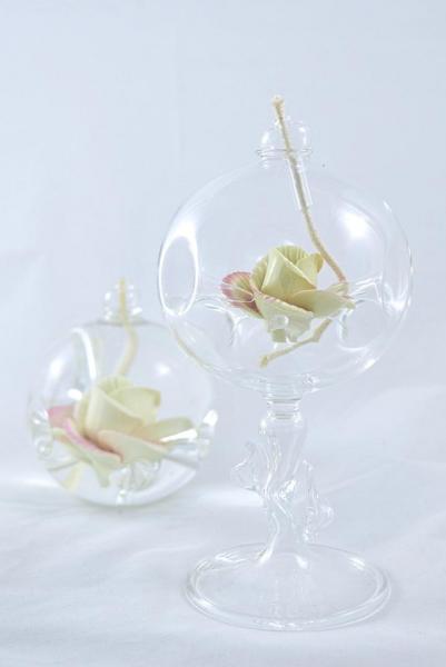 Öllampe mit rosé-gelber Wildrose und Glasfuß OL_WR_RG_F