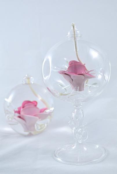 Öllampe mit rosé Rose und Glasfuß OL_R_RE_F